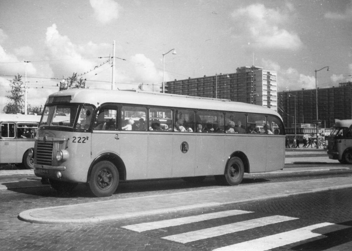 222-8a-Saurer-Seitz