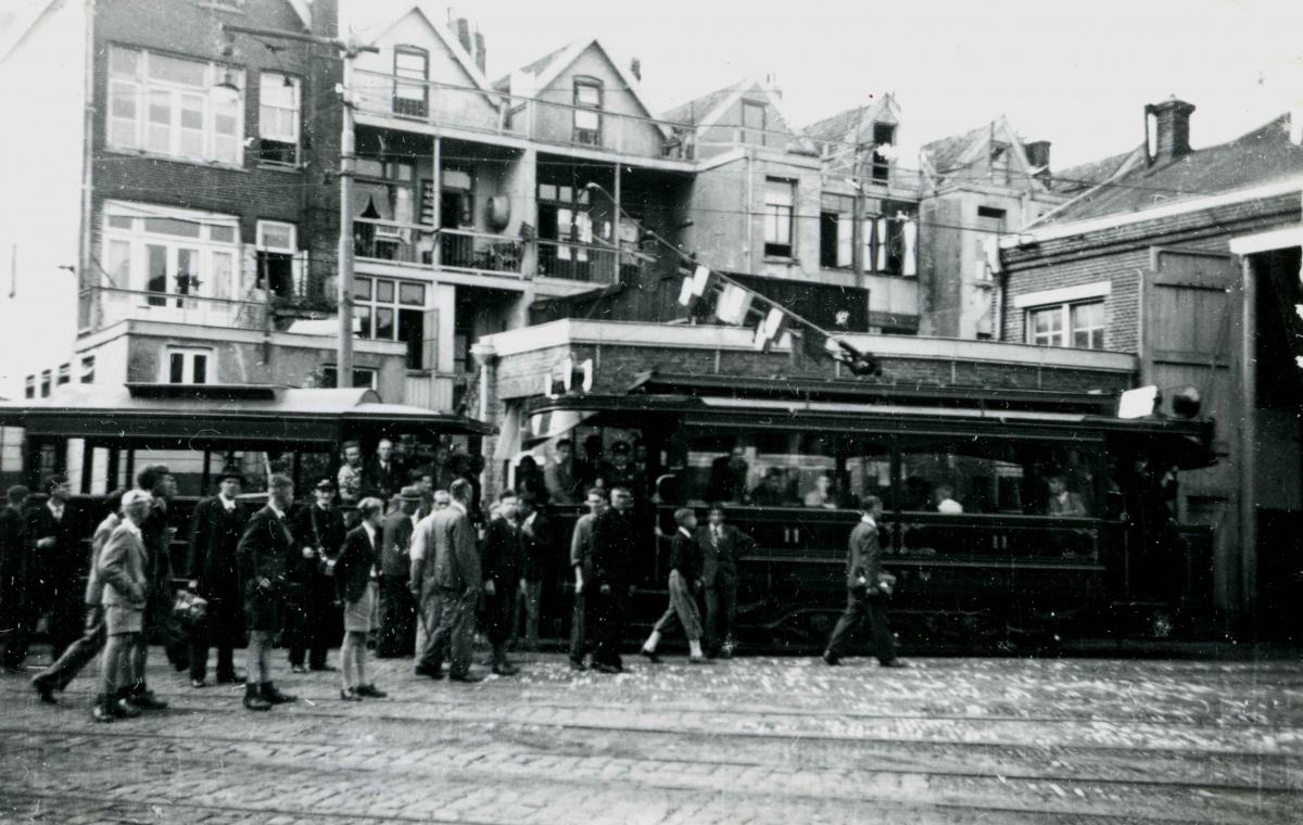 1946-Feestrit-STA-04