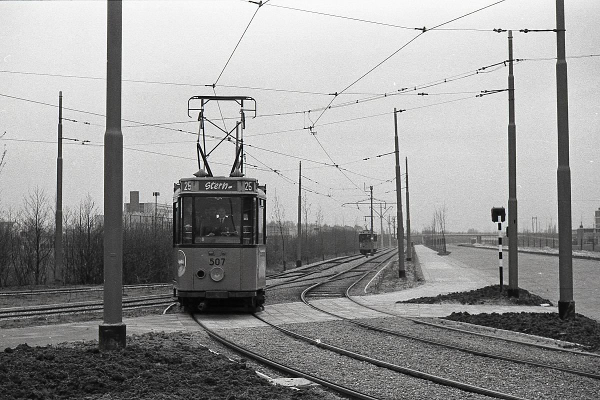 1_1969-STERN-02