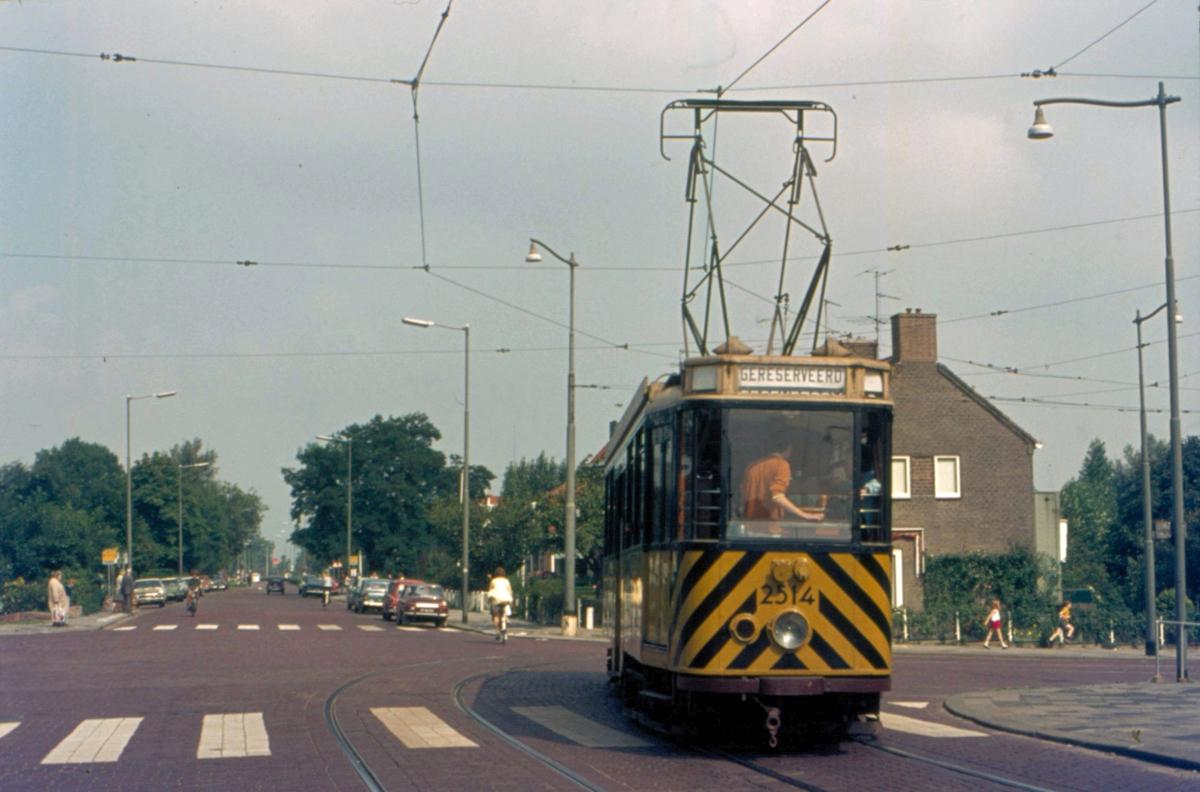 1971-HOV-10