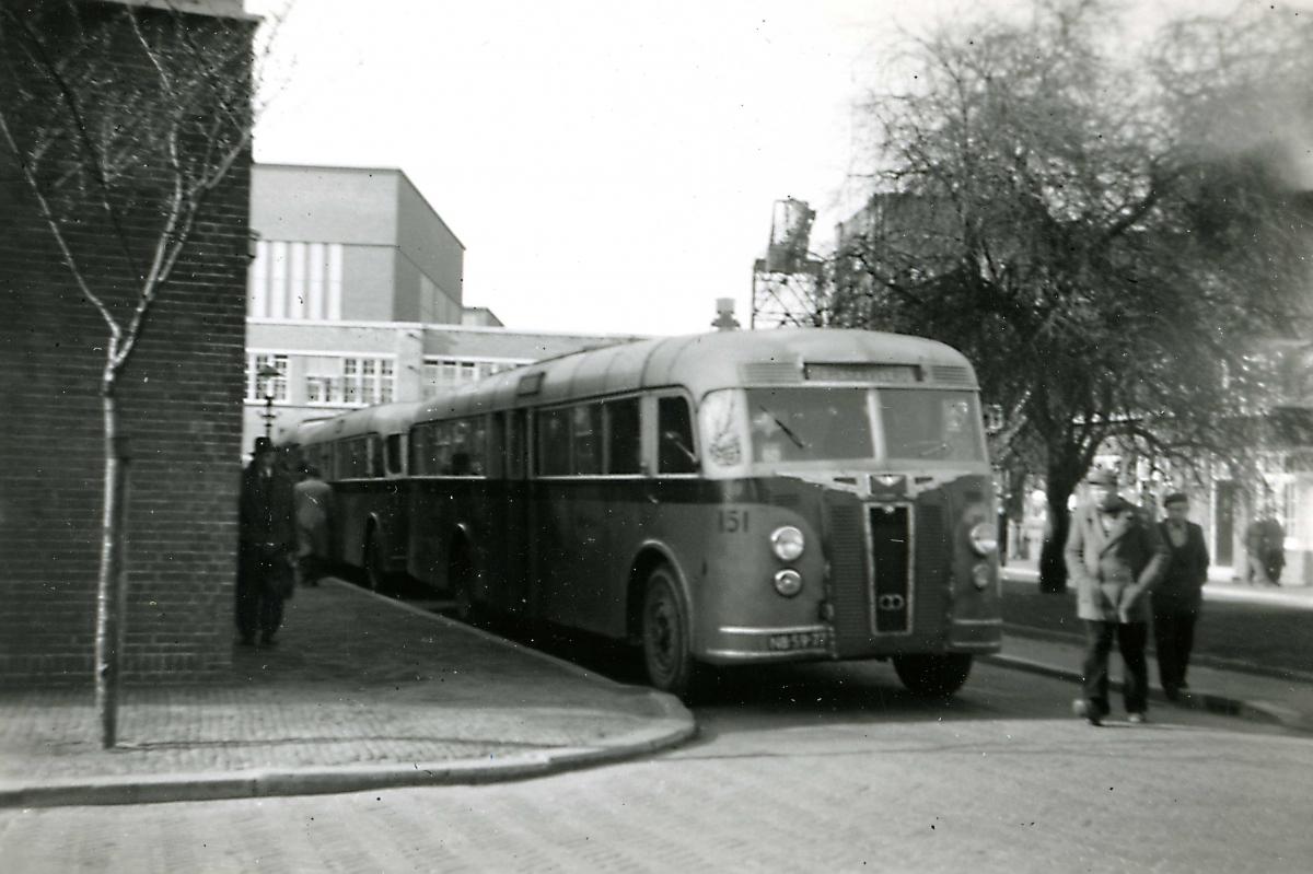 151-02a-Crossley