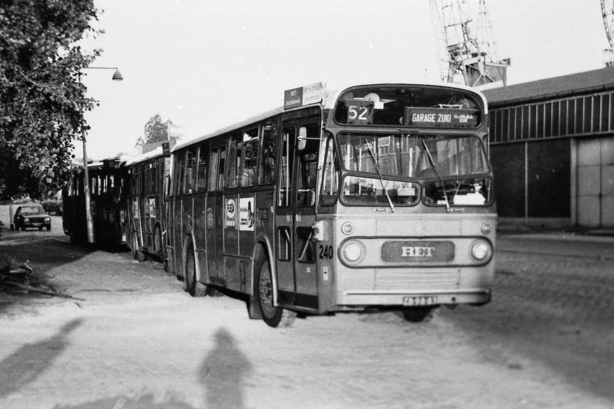 240-04-Leyland-Panther-a