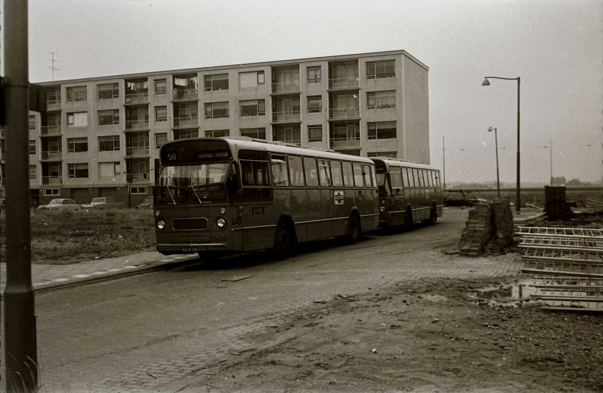 243-05-Leyland-Panther-a
