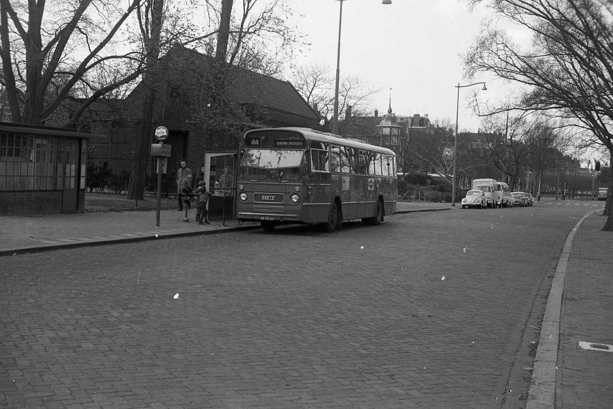 245-04-Leyland-Panther-a