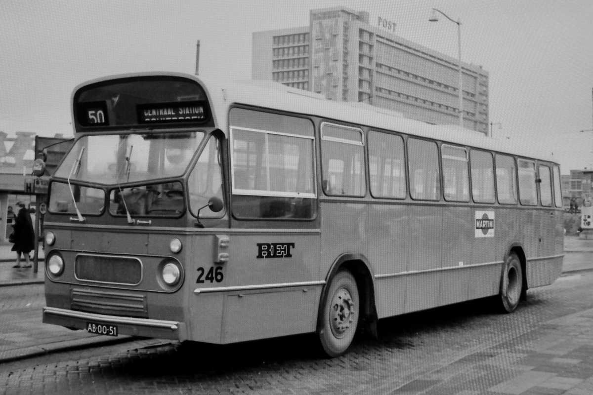 246-05-Leyland-Panther-a