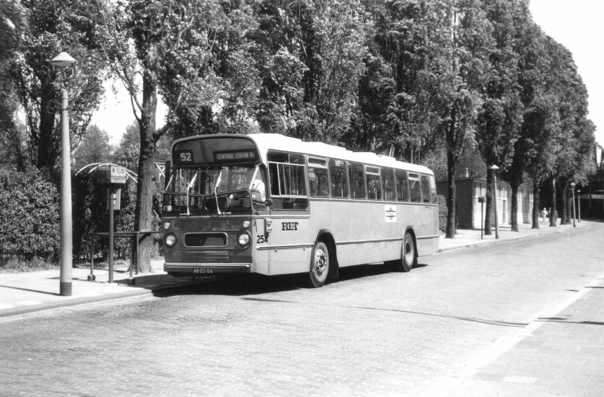 254-01-Leyland-Panther-a