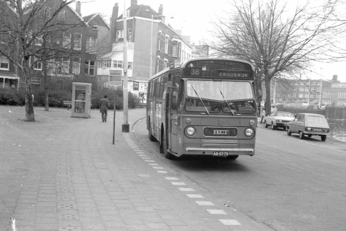 255-03-Leyland-Panther-a