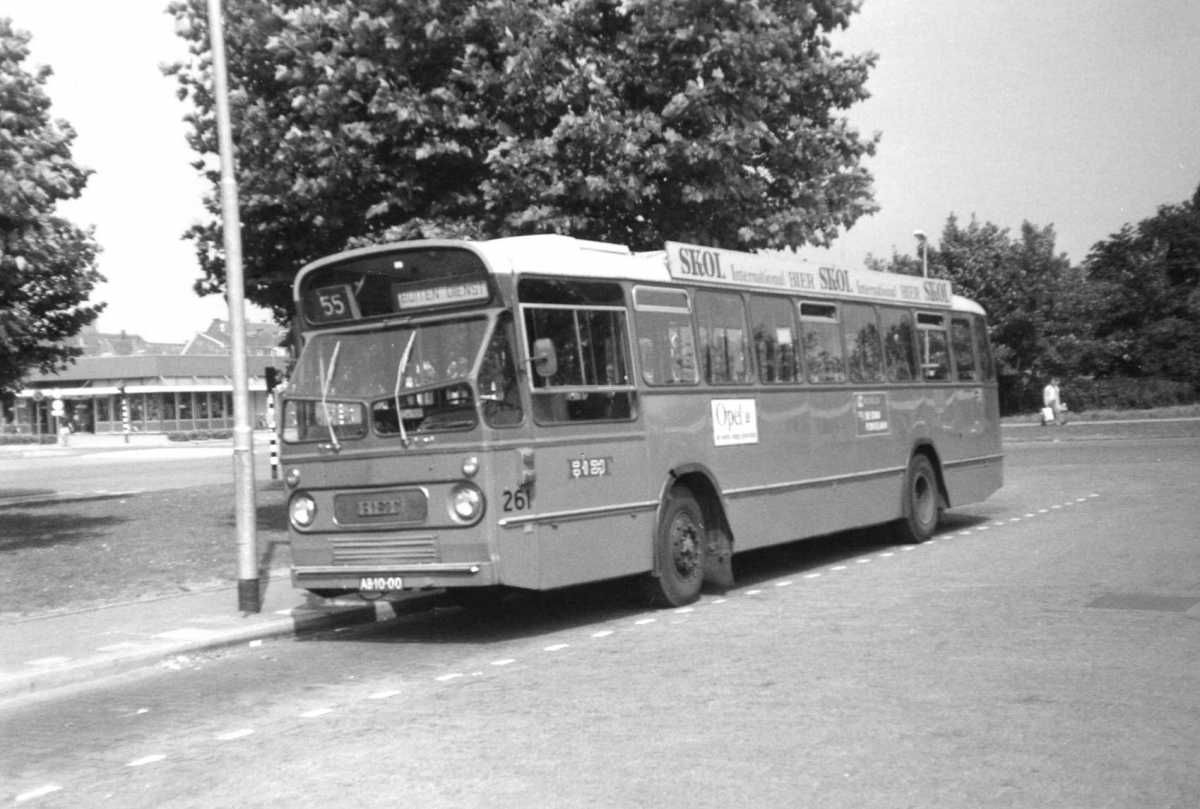 261-03-Leyland-Panther-a