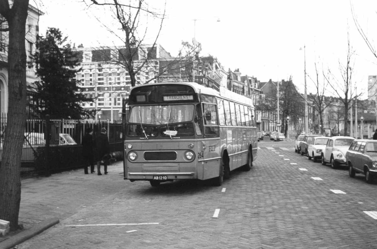 264-02-Leyland-Panther-a