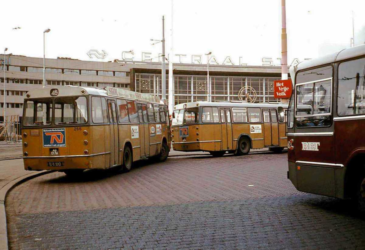 266-02-Leyland-Panther-a