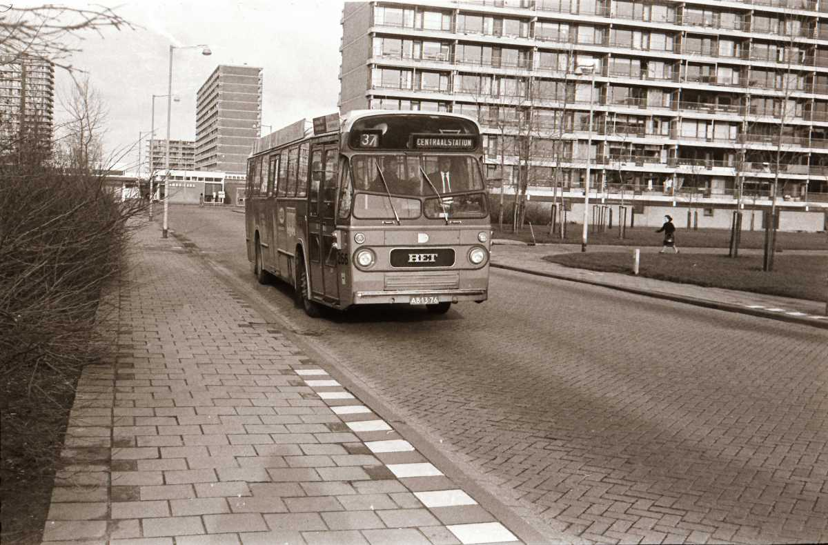 266-07-Leyland-Panther-a