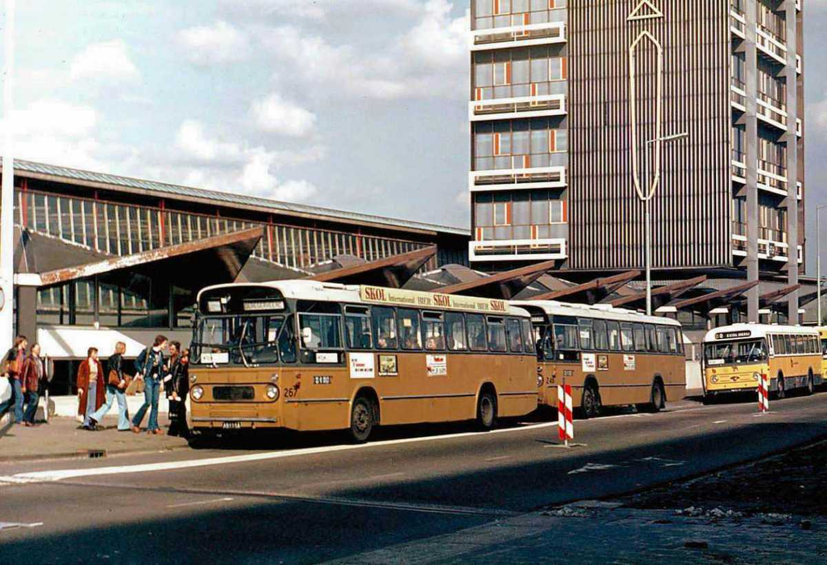 267-02-Leyland-Panther-a
