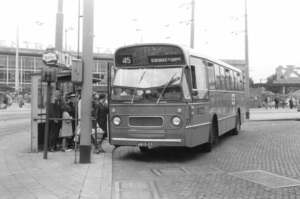 271-01-Leyland-Panther-a