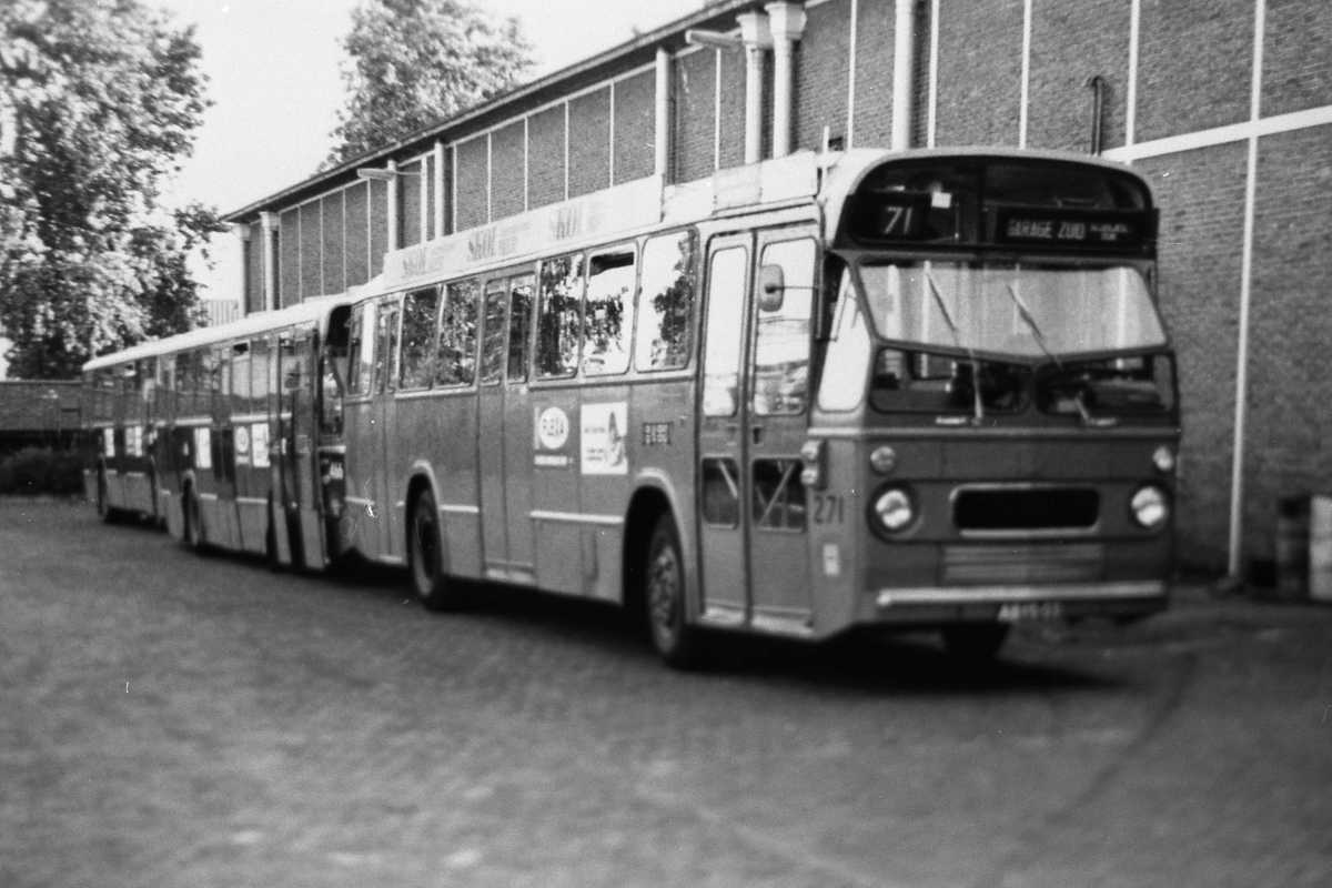 271-04-Leyland-Panther-a