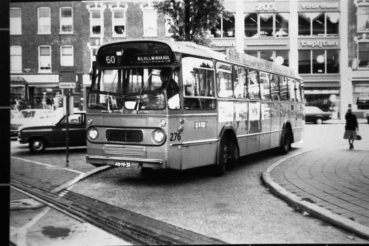 276-02-Leyland-Panther-a