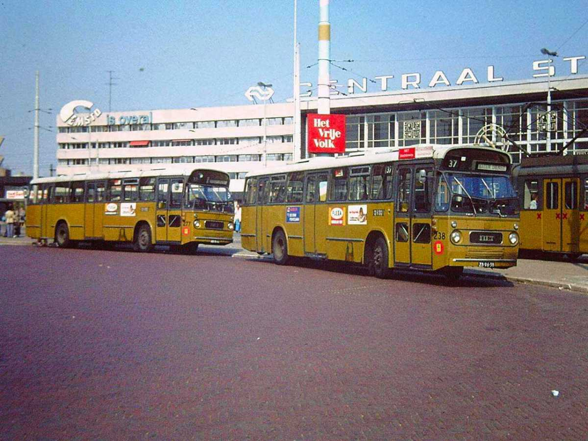 277-01-Leyland-Panther-a