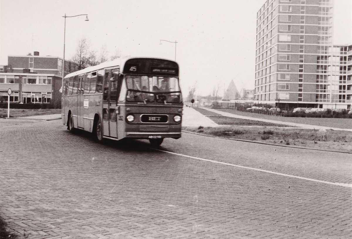 282-03-Leyland-Panther-a
