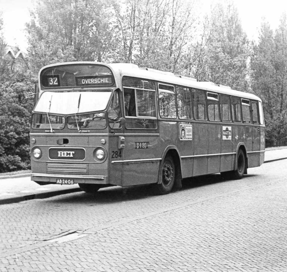 284-04-Leyland-Panther-a