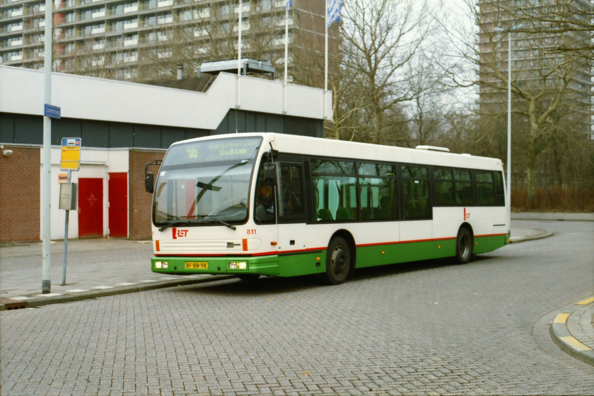 811-3 DAF-Den Oudsten -a