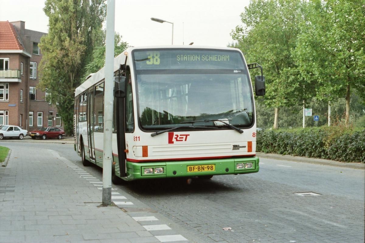 811-5 DAF-Den Oudsten -a