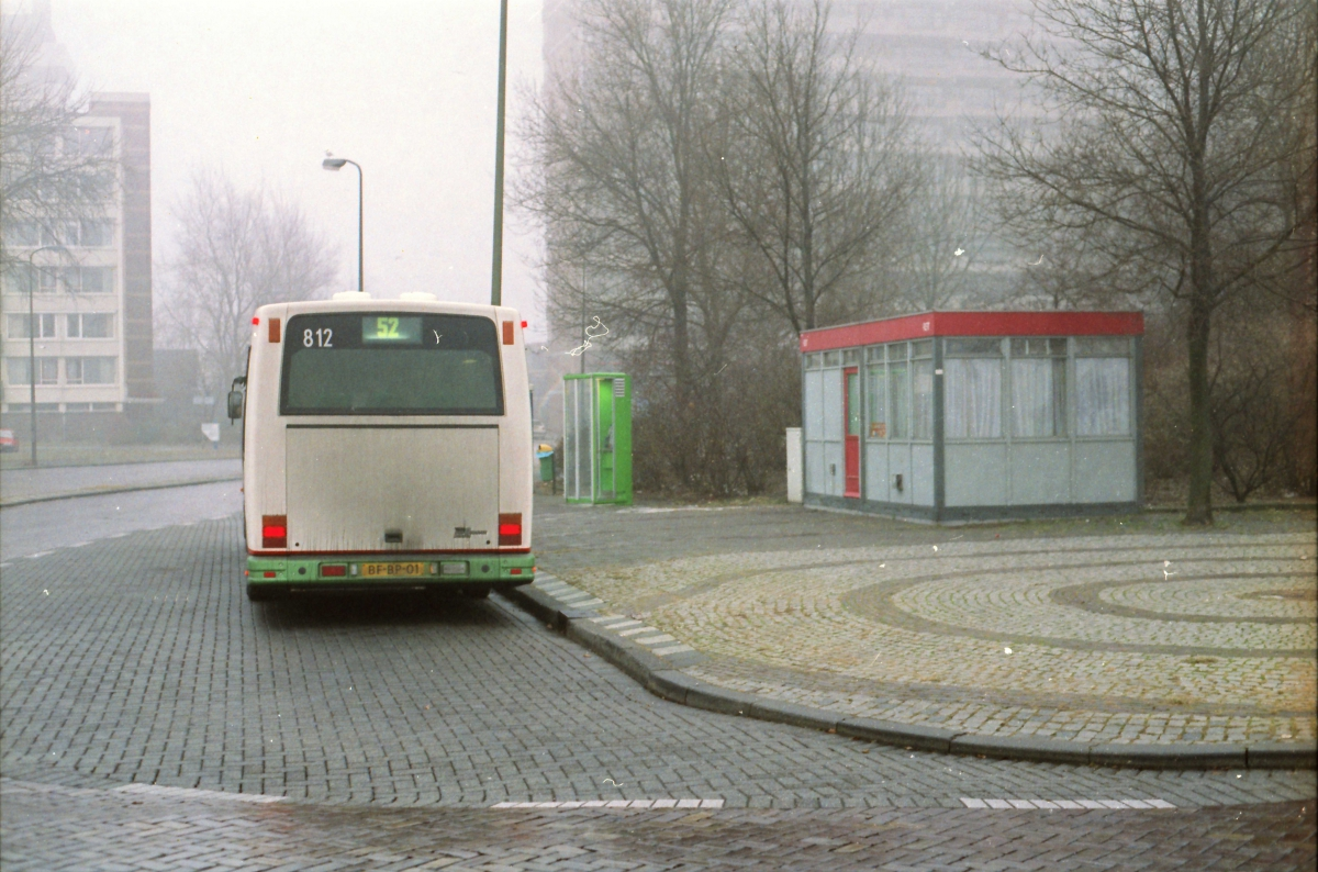 812-15 DAF-Den Oudsten -a