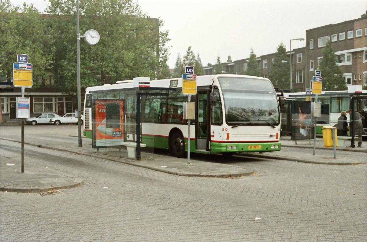 812-8 DAF-Den Oudsten -a