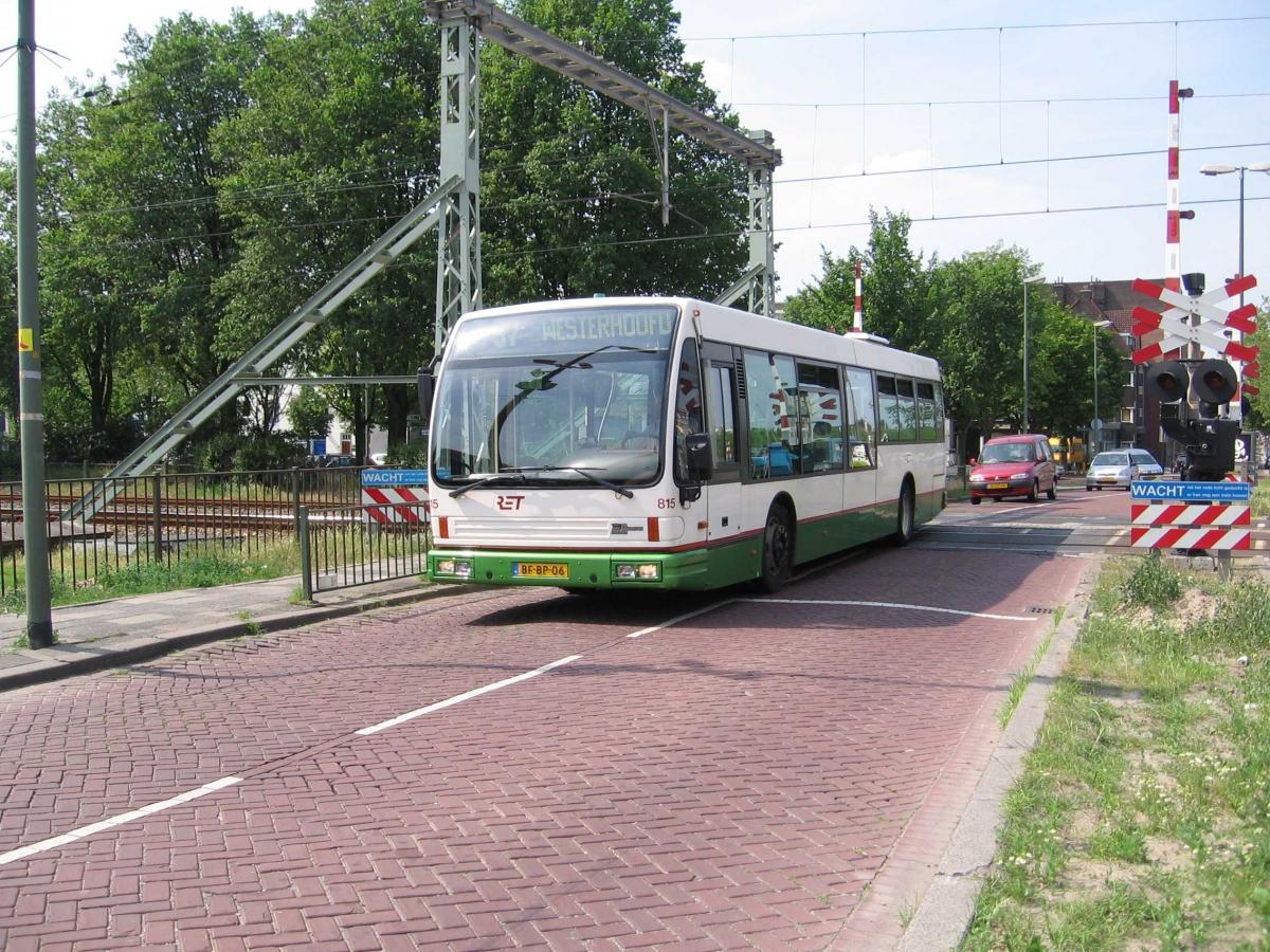 815-4 DAF-Den Oudsten -a