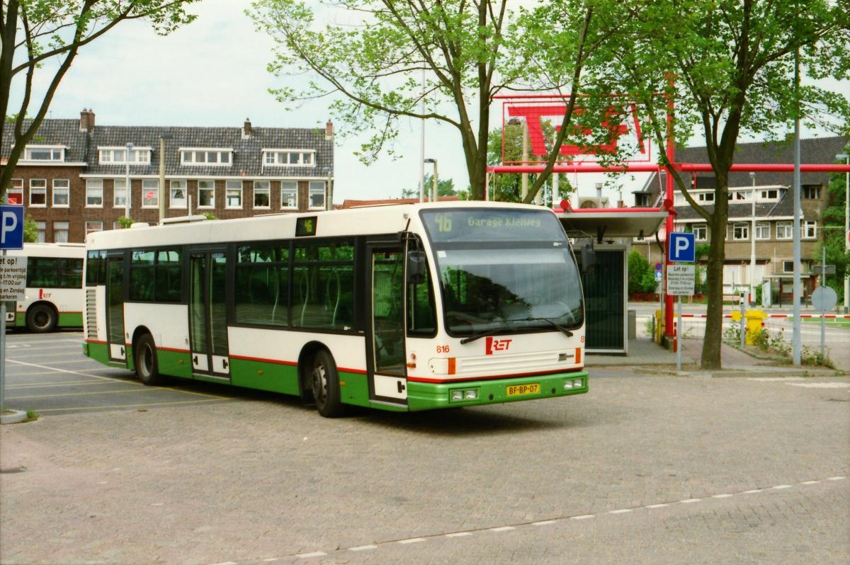 816-11 DAF-Den Oudsten -a