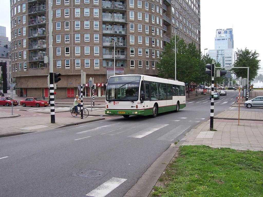 816-2 DAF-Den Oudsten -a