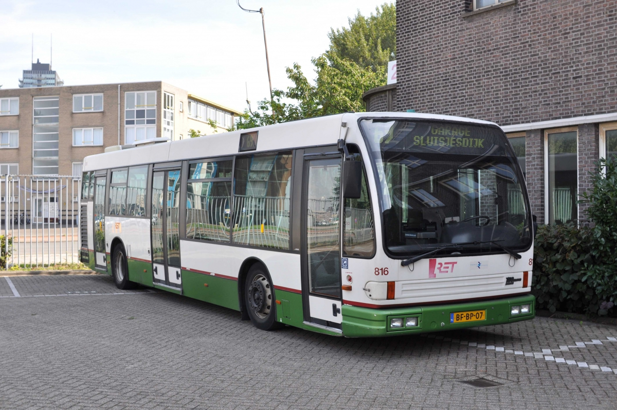 816-3 DAF-Den Oudsten -a
