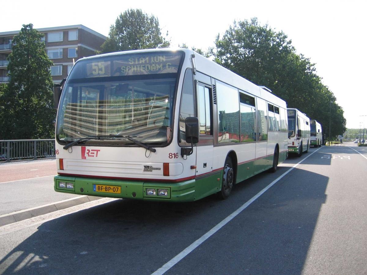816-4 DAF-Den Oudsten -a