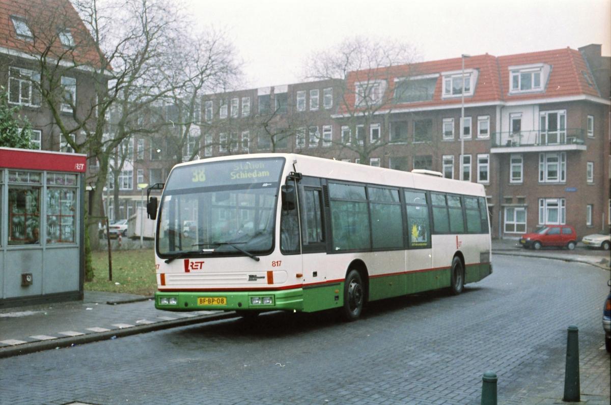 817-9 DAF-Den Oudsten -a