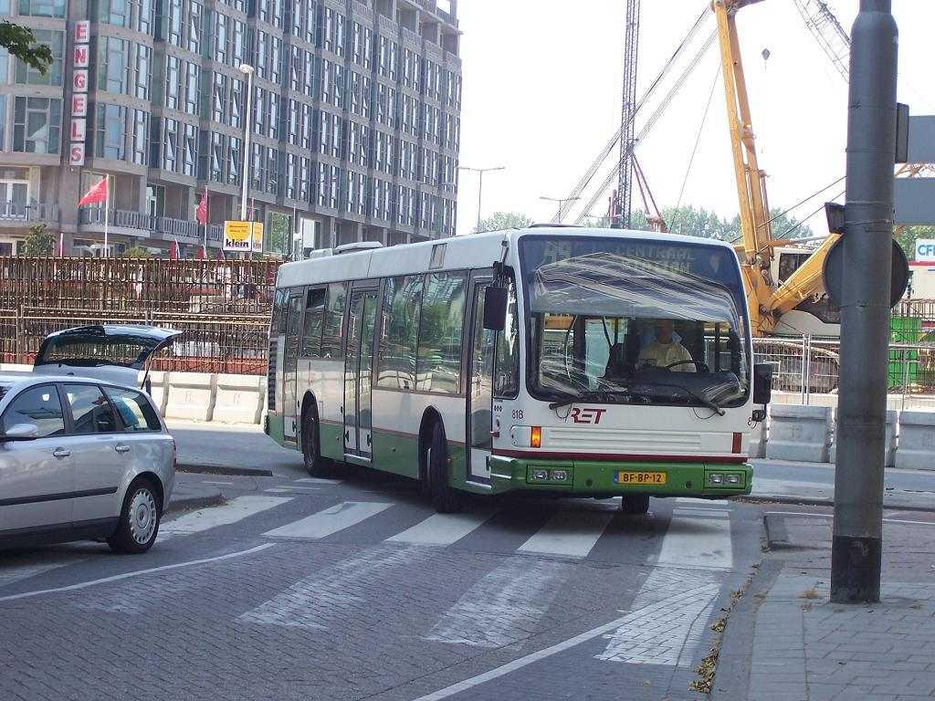 818-3 DAF-Den Oudsten -a