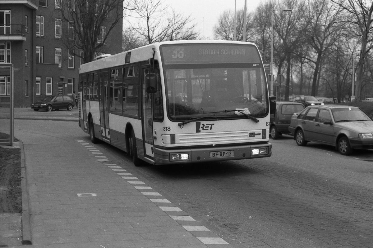818-4 DAF-Den Oudsten -a