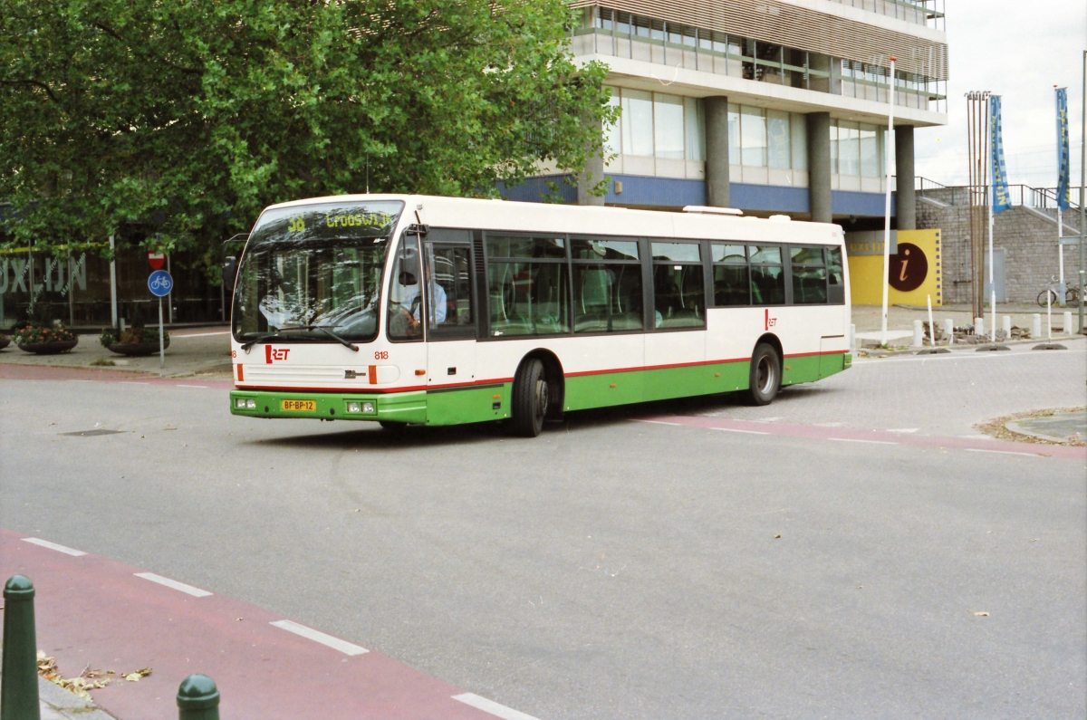 818-6 DAF-Den Oudsten -a