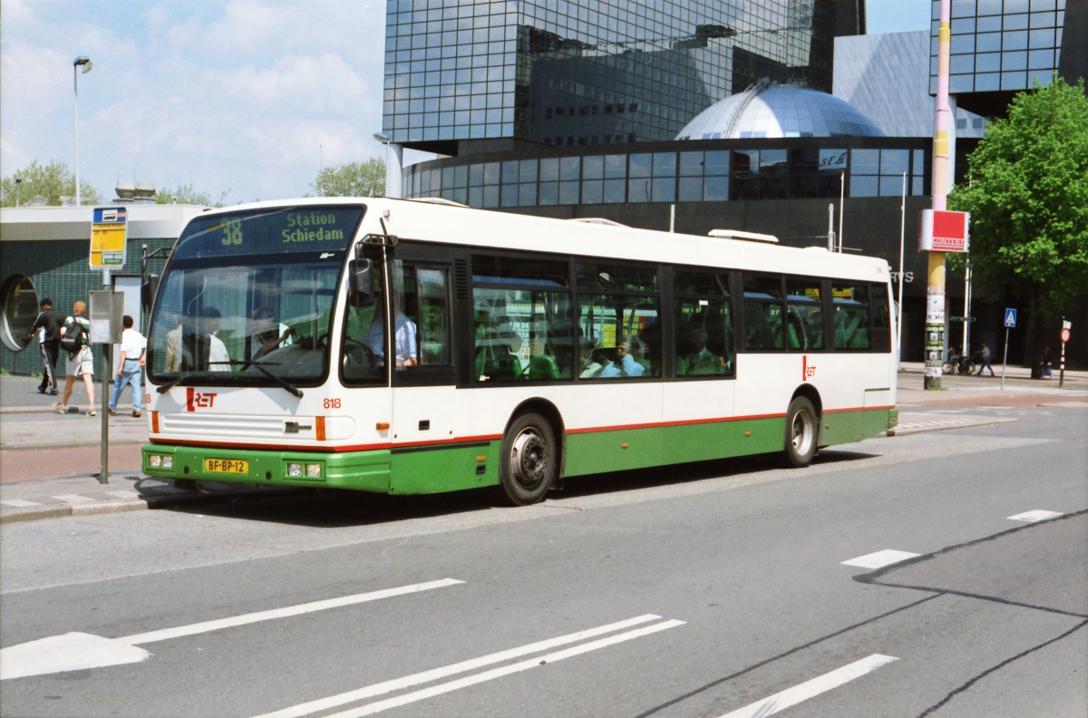 818-9 DAF-Den Oudsten -a