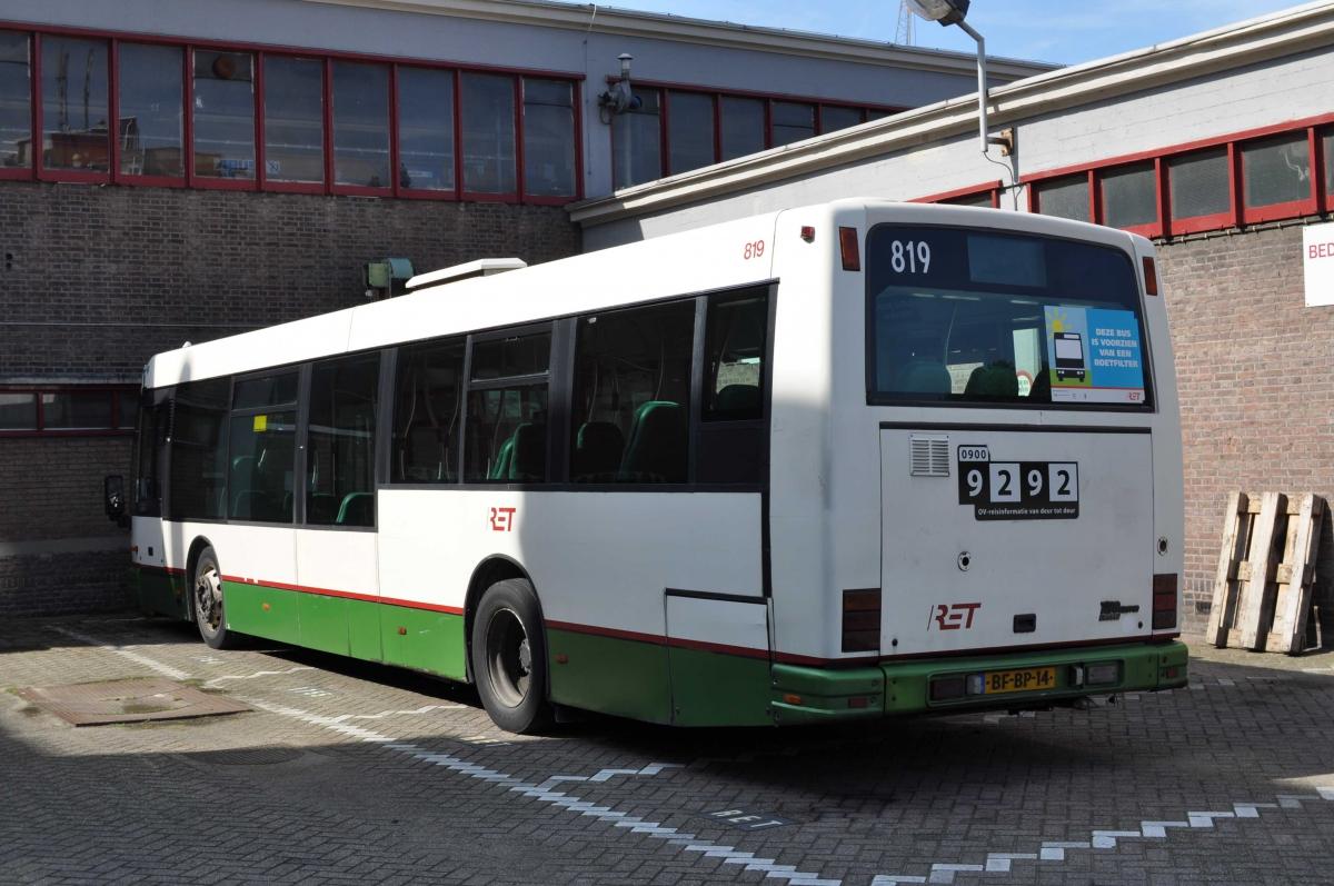819-2 DAF-Den Oudsten -a