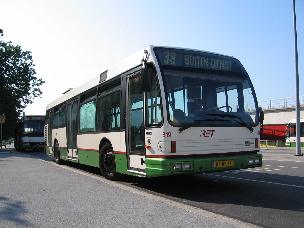 819-5 DAF-Den Oudsten -a