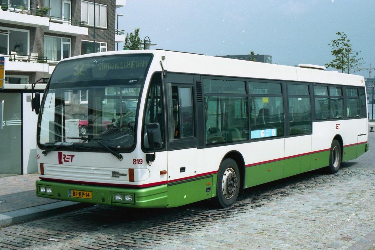 819-6 DAF-Den Oudsten -a