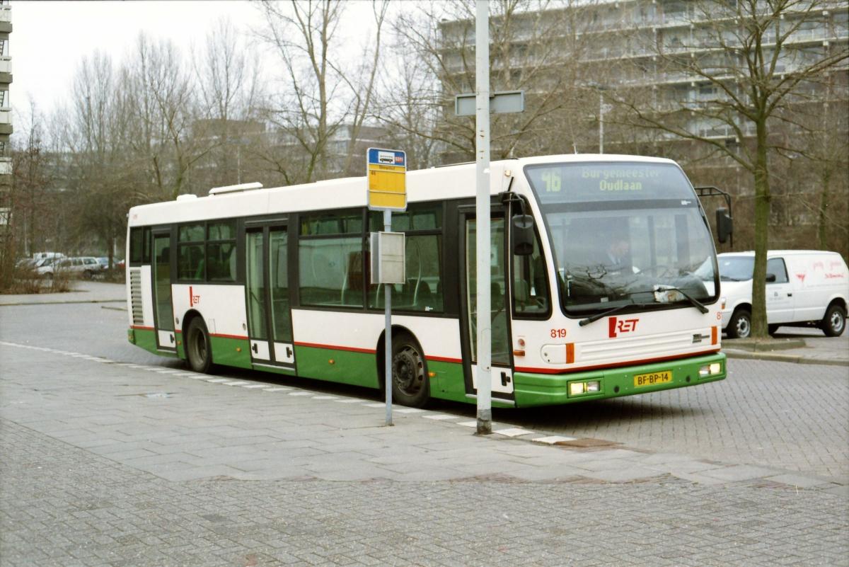 819-8 DAF-Den Oudsten -a