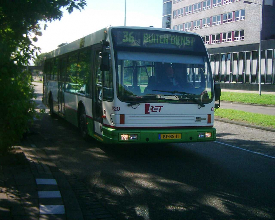 820-1 DAF-Den Oudsten -a