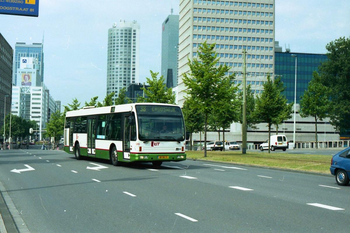 820-2 DAF-Den Oudsten -a