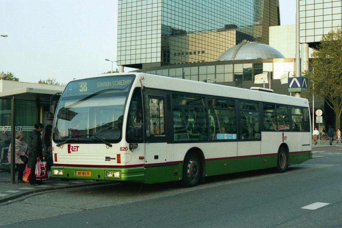 820-3 DAF-Den Oudsten -a