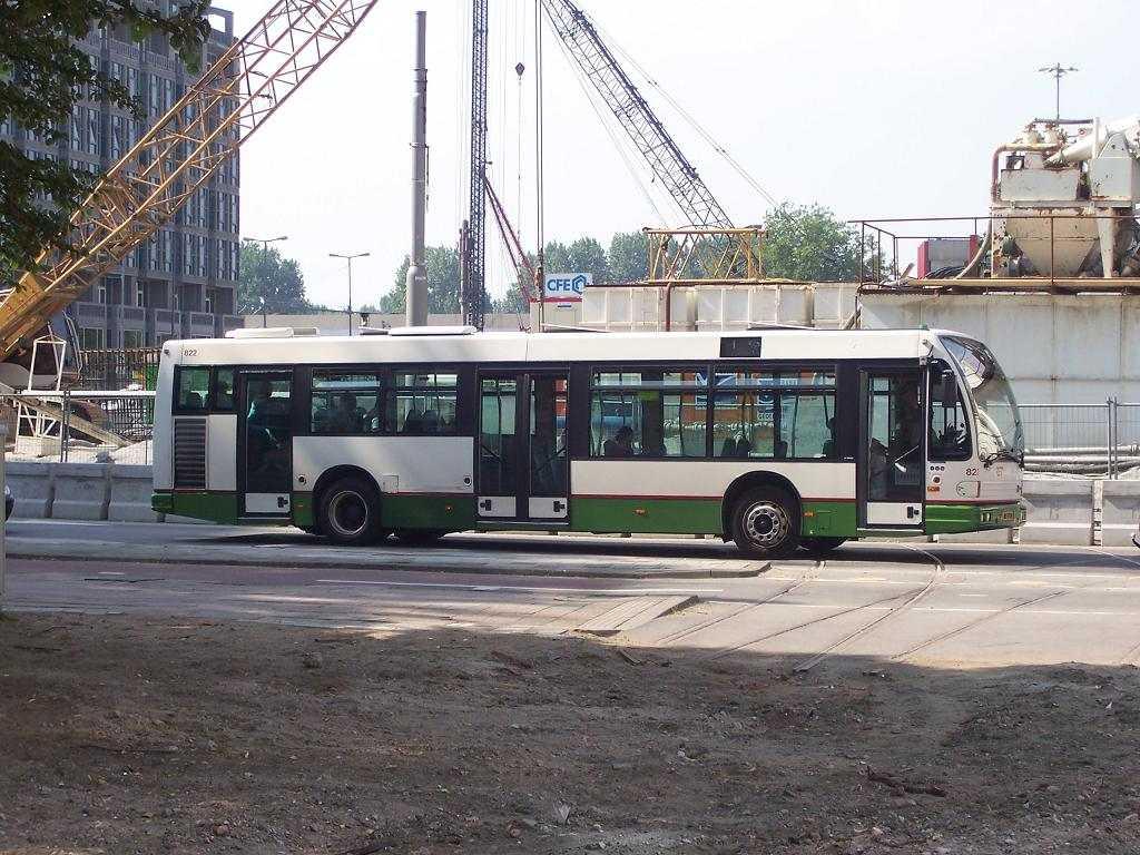 822-3 DAF-Den Oudsten -a
