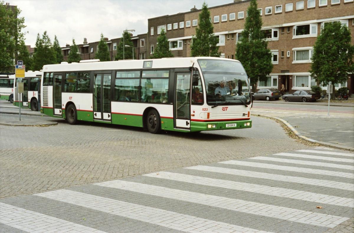 823-1 DAF-Den Oudsten -a