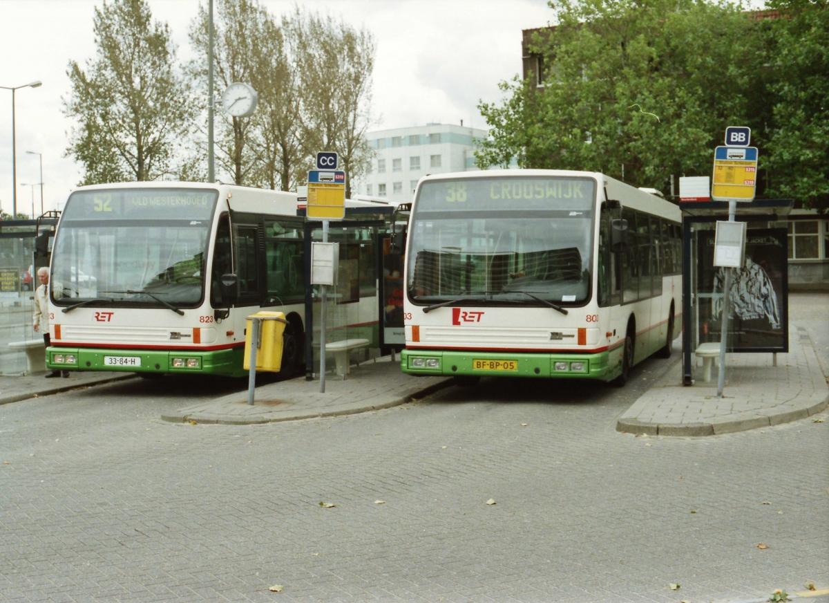 823-6 DAF-Den Oudsten -a