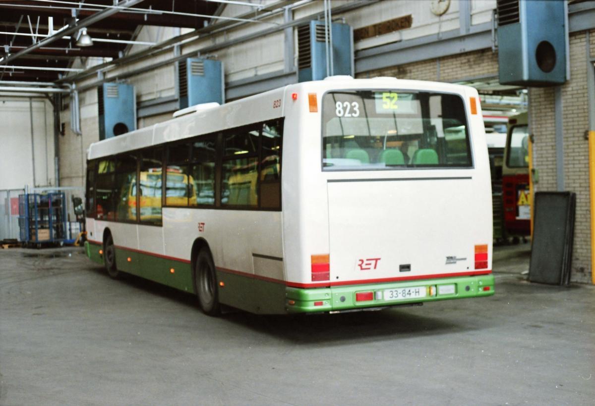 823-7 DAF-Den Oudsten -a