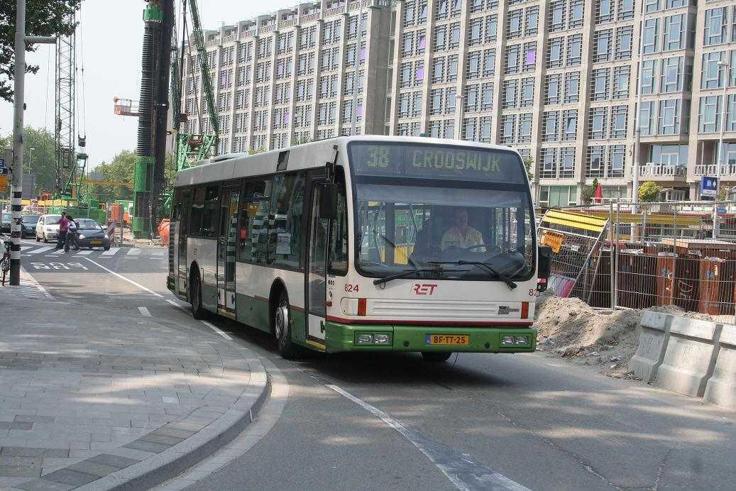 824-4 DAF-Den Oudsten -a