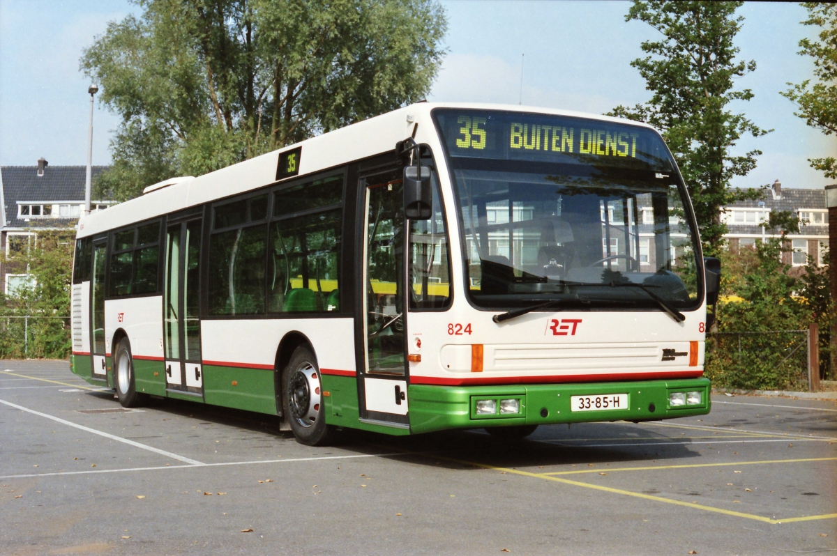824-7 DAF-Den Oudsten -a