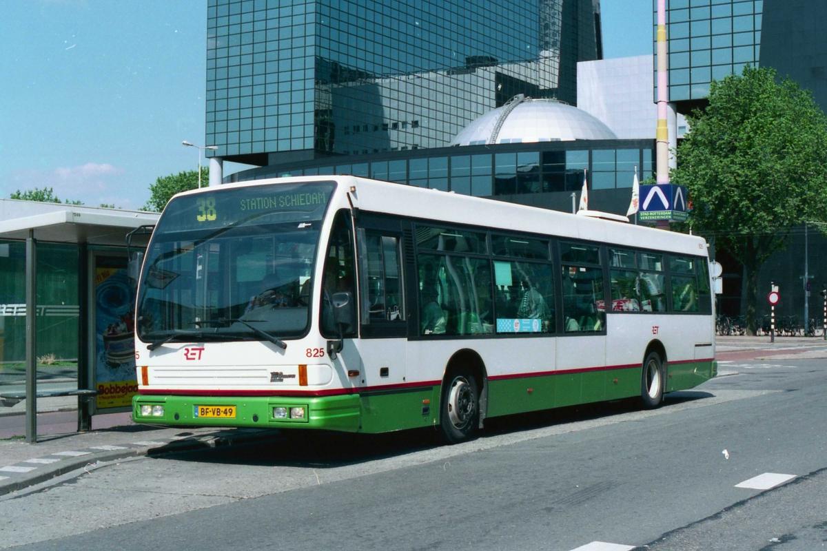 825-1 DAF-Den Oudsten -a